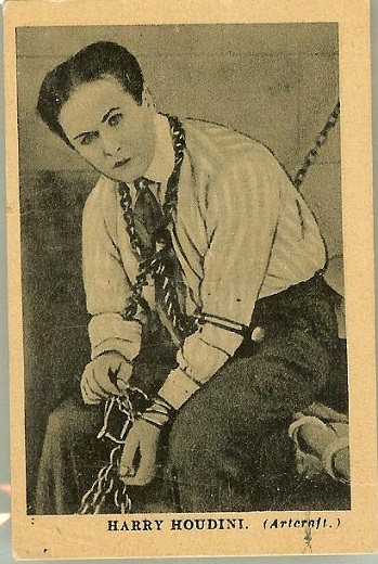 houdini-boys-cinema-front