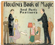 Houdinis-Book-Magic-main